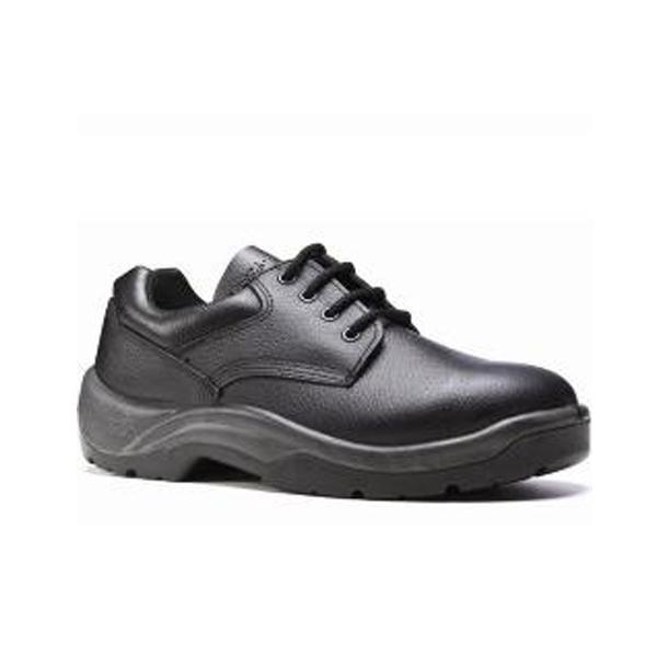 Sapato com cadarço e bico, modelo Derby